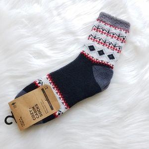 NWT Field & Stream Aloe Infused Cozy Cabin Socks